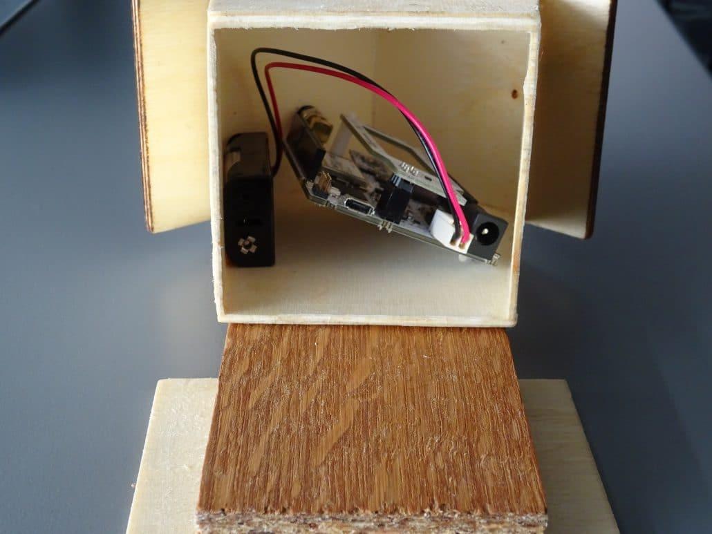 Inteligentná búdka komunikujúca prostredníctvom siete pre internet vecí Sigfox
